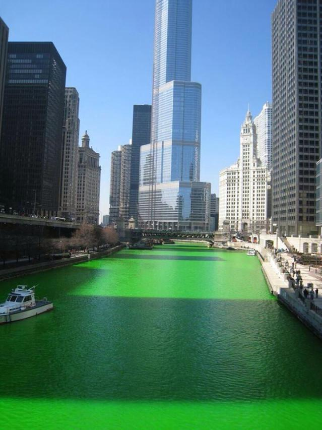 ChicagoRiverStPatricksDay2014