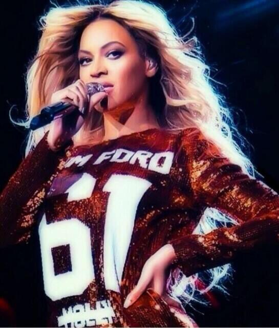 Beyoncé slays Amsterdam in a Tom Ford dress