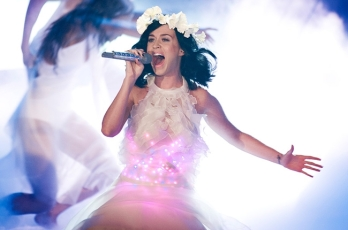 Katy Perry is reported to perform the halftime show  at Superbowl XLIX.