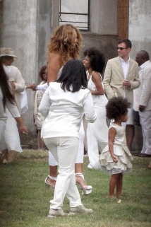 Blue Ivy rocks the fro with momma Bey at Solange and Alan Ferguson's wedding in New Orleans on Sunday, Nov. 16.
