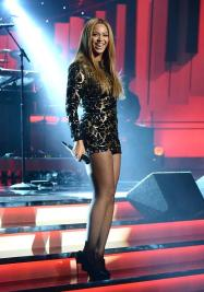 Beyoncé performing at Stevie Wonder: Songs In The Key of Life – An All-Star Grammy Salute event on Feb. 10, 2015.