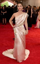 Lizzy Caplan at the 2015 Met Gala on May 4, 2015 at the Costume Institute Benefit Gala at the Metropolitan Museum of Art in New York.