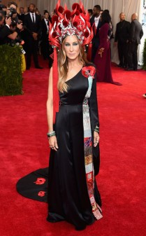 Sarah Jessica Parker at the 2015 Met Gala on May 4, 2015 at the Costume Institute Benefit Gala at the Metropolitan Museum of Art in New York.