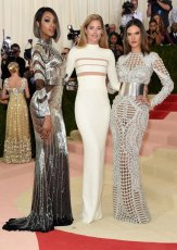 Jourdan Dunn, Doutzen Kroes, and Alessandra Ambrosio
