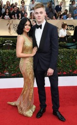 Ariel Winter and Levi Meaden at the 2017 Screen Actors Guild Awards (SGA Awards) Red Carpet on Jan. 29, 2017.