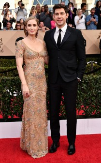 Emily Blunt and John Krasinski at the 2017 Screen Actors Guild Awards (SGA Awards) Red Carpet on Jan. 29, 2017.