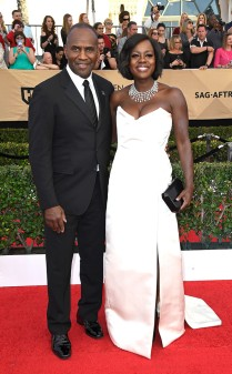 Julius Tennon and Viola Davis at the 2017 Screen Actors Guild Awards (SGA Awards) Red Carpet on Jan. 29, 2017.
