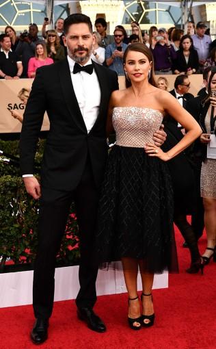 Joe Manganiello and Sofia Vergara at the 2017 Screen Actors Guild Awards (SGA Awards) Red Carpet on Jan. 29, 2017.