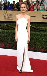 Brie Larson at the 2017 Screen Actors Guild Awards (SGA Awards) Red Carpet on Jan. 29, 2017.