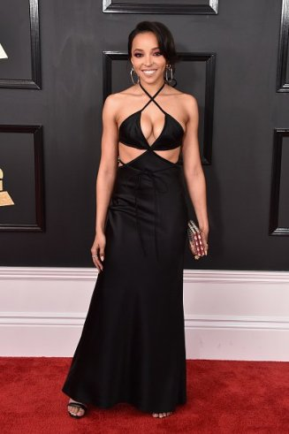 Tinashe on the 59th annual Grammy Awards red carpet in Los Angeles on February 12, 2017.